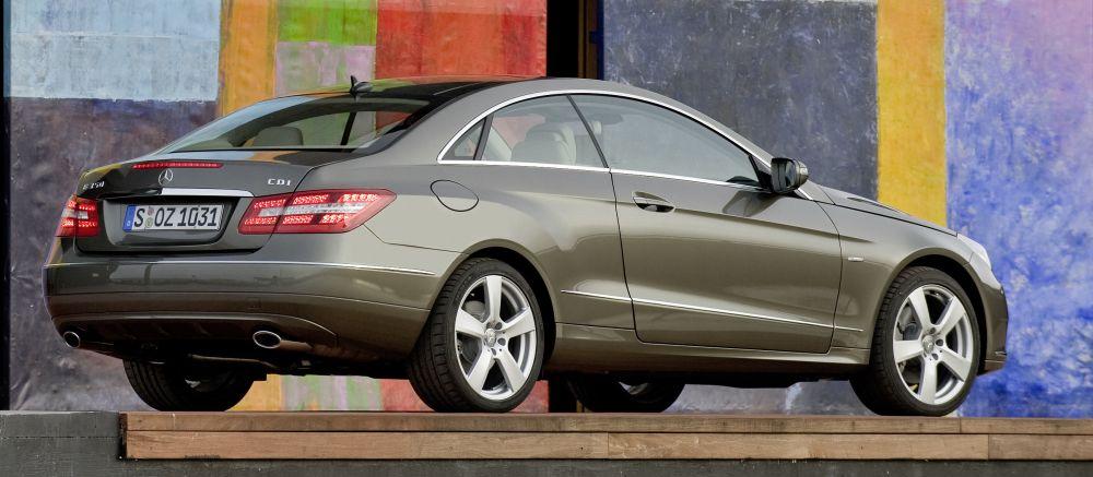 My E Clas >> Mercedes-Benz E-Class Coupé: Model with a long tradition