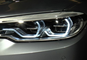 BBMW5Series_headlamps