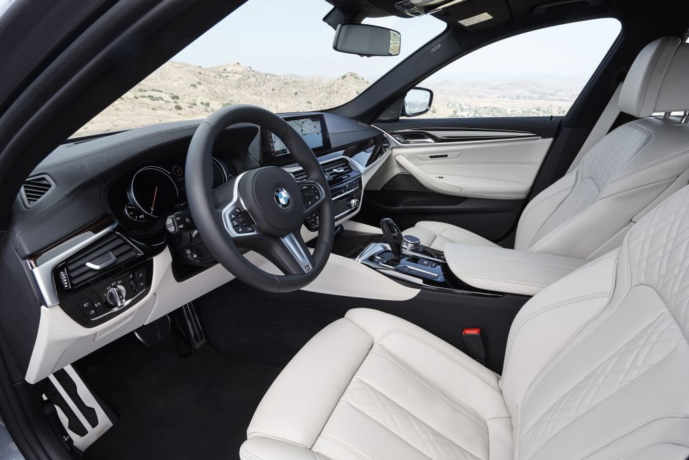 P90237275_highRes_the-new-bmw-5-series