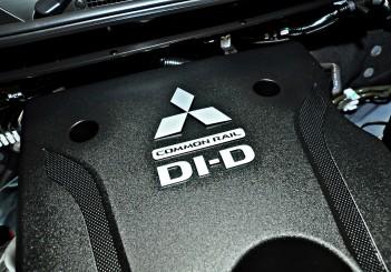 Mitsubishi Triton Adventure X with MIVEC turbodiesel - 08