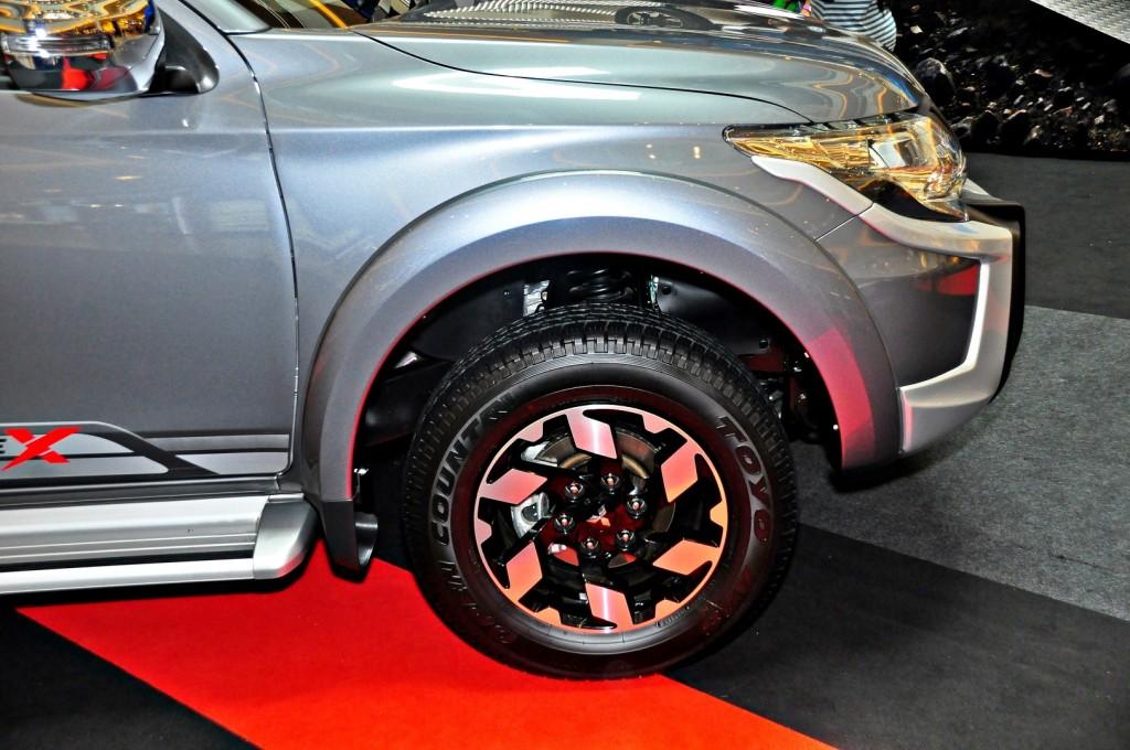Mitsubishi Triton Adventure X with MIVEC turbodiesel - 15