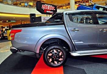 Mitsubishi Triton Adventure X with MIVEC turbodiesel - 16