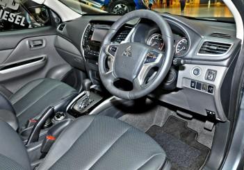 Mitsubishi Triton Adventure X with MIVEC turbodiesel - 22