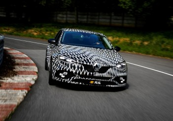 All-New-Megane-R.S.-to-break-cover-at-the-Monaco-Formula-1-Grand Prix (Large)