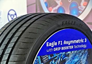 new goodyear eagle f1 asymmetric 3 rolls in carsifu. Black Bedroom Furniture Sets. Home Design Ideas