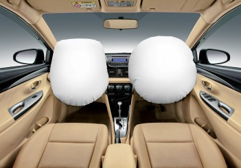 03-Interior (Dual SRS Airbags) (Large)