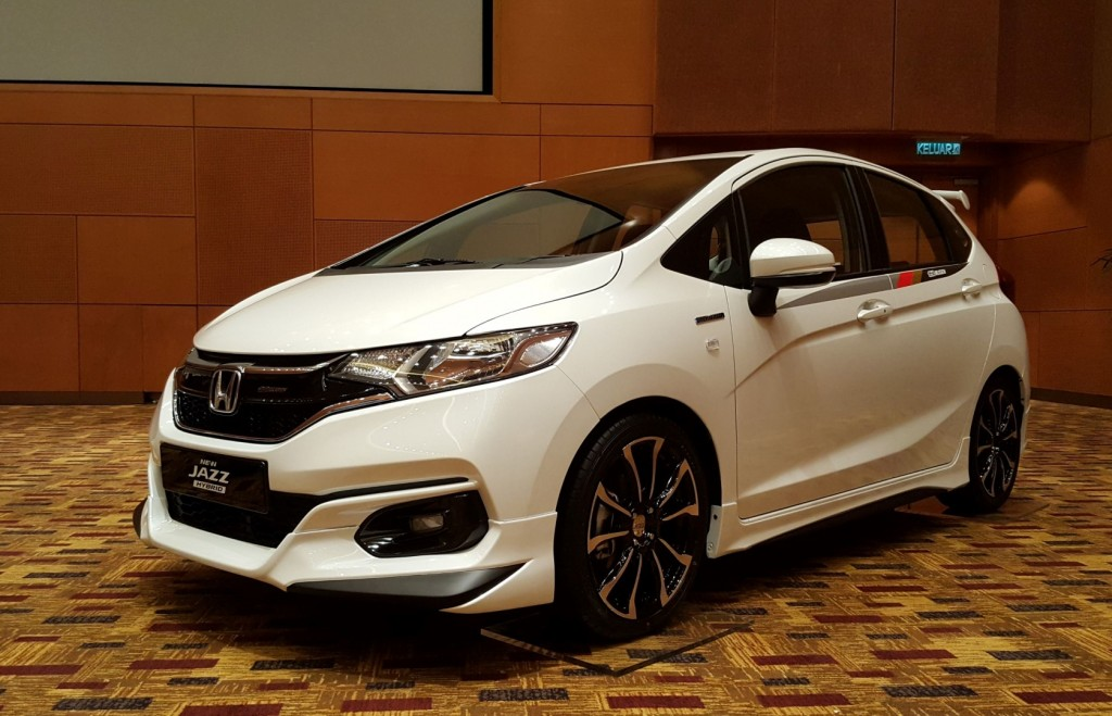 2017 honda jazz sport hybrid launched at rm87 500 carsifu. Black Bedroom Furniture Sets. Home Design Ideas