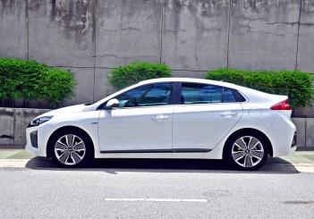 Hyundai Ioniq HEV Plus - 03