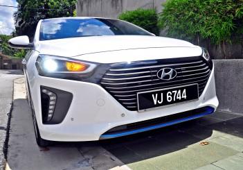 Hyundai Ioniq HEV Plus - 06