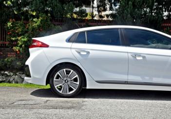 Hyundai Ioniq HEV Plus - 10