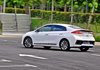 Hyundai Ioniq HEV Plus - 102