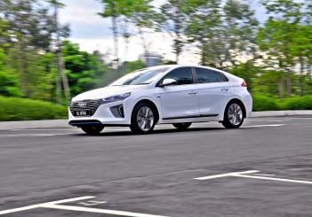 Hyundai Ioniq HEV Plus - 108