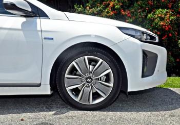 Hyundai Ioniq HEV Plus - 11