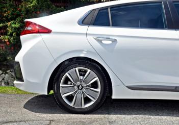 Hyundai Ioniq HEV Plus - 12