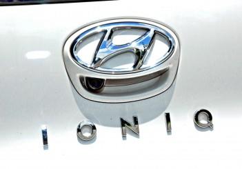 Hyundai Ioniq HEV Plus - 21