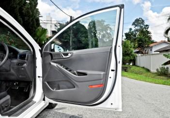 Hyundai Ioniq HEV Plus - 27