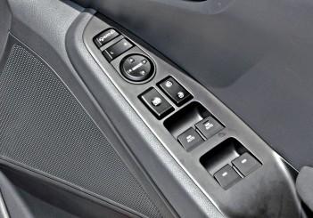 Hyundai Ioniq HEV Plus - 28