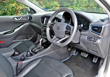 Hyundai Ioniq HEV Plus - 31