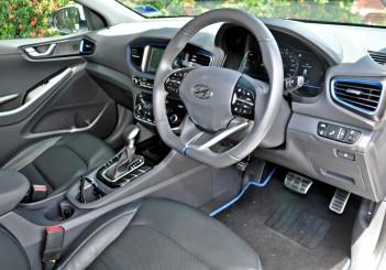 Hyundai Ioniq HEV Plus - 35