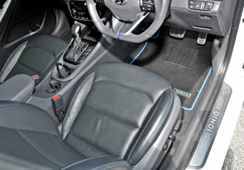 Hyundai Ioniq HEV Plus - 36