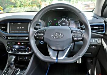 Hyundai Ioniq HEV Plus - 39