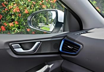 Hyundai Ioniq HEV Plus - 60