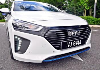 Hyundai Ioniq HEV Plus - 98