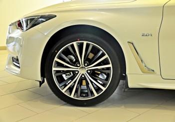 Infiniti Q60 coupe - 25