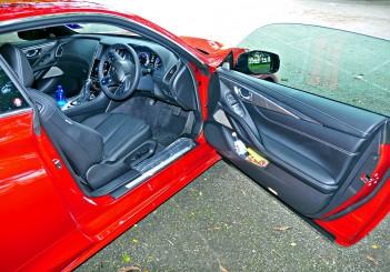 Infiniti Q60 coupe - 38