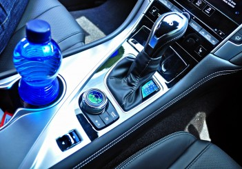Infiniti Q60 coupe - 57