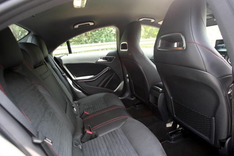 Mercedes-Benz CLA 200 coupe (12)