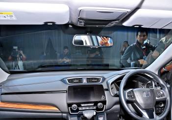 Fifth-generation Honda CR-V arrives from RM142k | CarSifu
