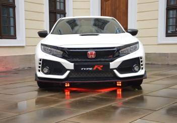 Carsifu 2017 Honda Civic Type R  (13)