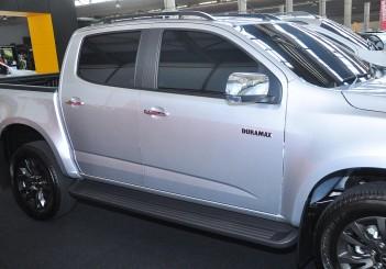 Chevrolet Colorado X - 10