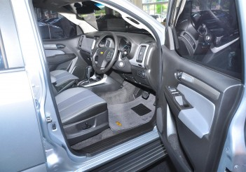 Chevrolet Colorado X - 12