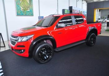 Chevrolet Colorado X-Urban - 02