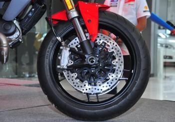 Ducati Monster 797 - 02