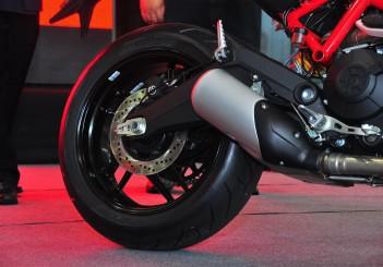 Ducati Monster 797 - 05