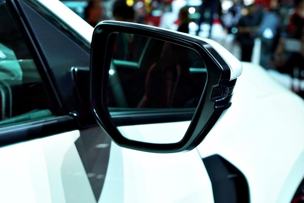 Honda Civic Type R - 10