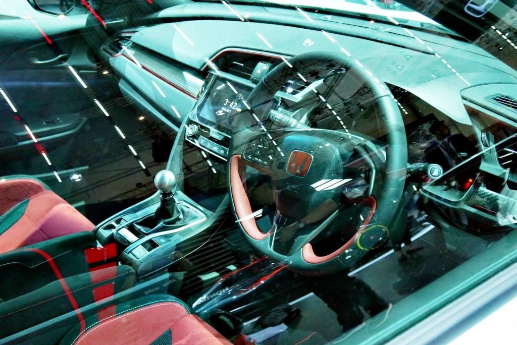 Honda Civic Type R - 12
