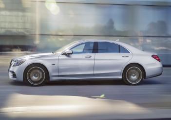Mercedes-Benz S 560 e - 10